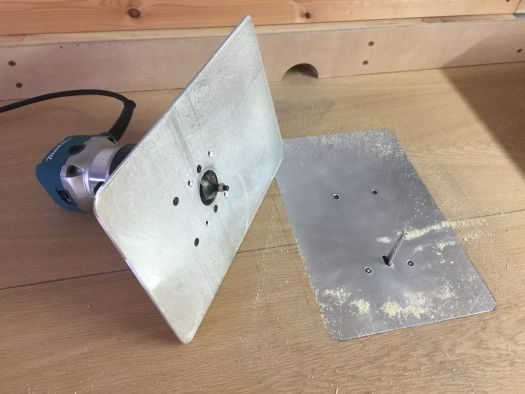 Składany stół narzędziowy
