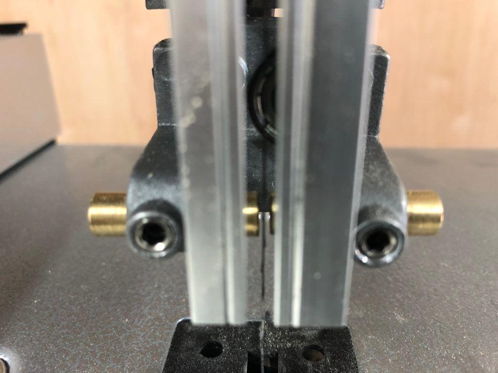 Pilarka taśmowa PARKSIDE PBS350A1 - drobna modyfikacja - wymiana prowadnic na mosiężne